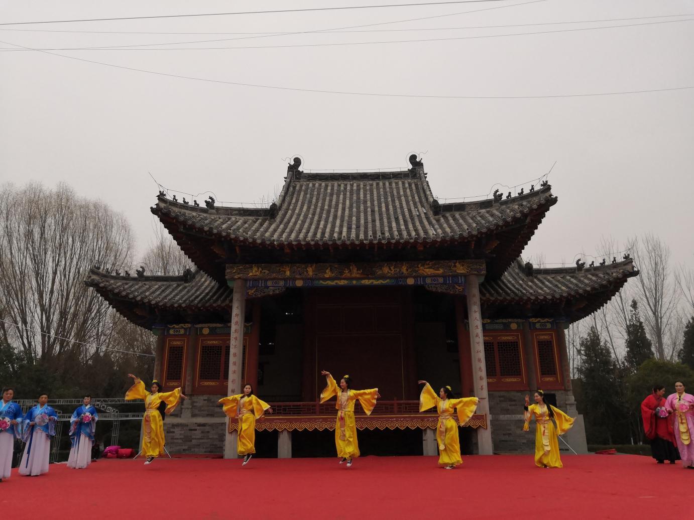 """""""西游众仙""""下凡看三国,许昌灞陵桥新春庙会亮点纷呈"""